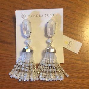 Kendra Scott NWT Earrings